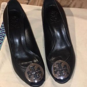 Tory Burch Sally 2-Tumbled Wedges